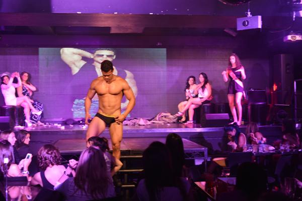 Gay strip clubs chicago